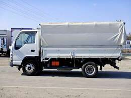 車両総重量6245kg 最大積載量3000kg