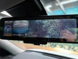 【全周囲モニター】まるで車を上から見たように、車の周りがみれるカメラです。バックカメラに加えてこのカメラで、駐車しやすさUP。