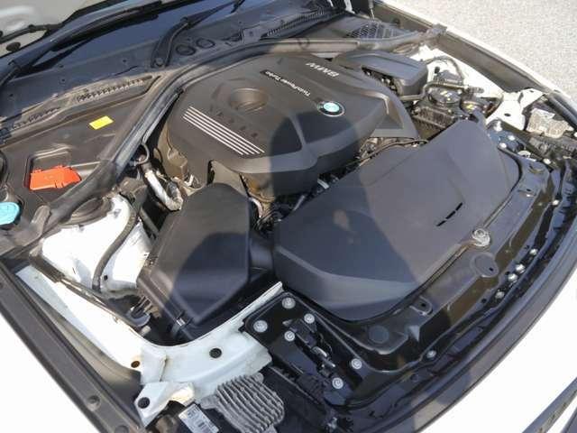 新エンジン変更後モデル!2000cc直噴BMWツインパワーターボ・ガソリンエンジン搭載モデル!燃費良好!環境性能に優れております!ツインパワーターボ化により、走行性能にも優れております!