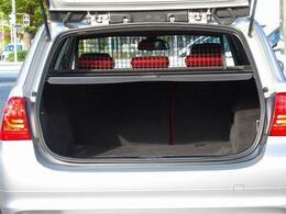 後期最終型・赤革・iDriveナビ・MSV・DVD・USB・AUX・メモリー付きパワーシート・シートヒーター・ETC・スマートキー・イモビ・HID・フォグ・オートワイパー・リアフィルム・記録簿有り