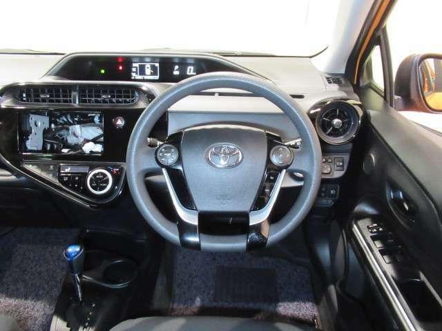 距離・年式に応じて新車保証が付いている場合があります。詳細は販売店にお尋ねください。