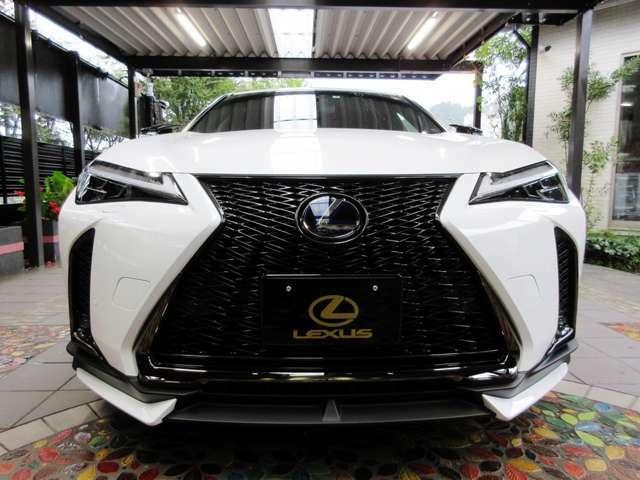 LEXUS新車オプションカーケアコーティング施工技術店による「外装強艶ボディコーティング」を令和03年09月30日施工済みです。ピッカピカですので直ぐにご愛用頂けます。