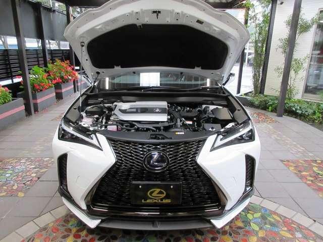 Aプラン画像:新型では、ハイブリッドを軽量高効率化技術を投入し更なる燃費性能を実現!車速とエンジン回転数がシンクロした伸びのある自然な加速感により、ドライバーの思い通りにクルマが俊敏に呼応する心地良さを提供します。