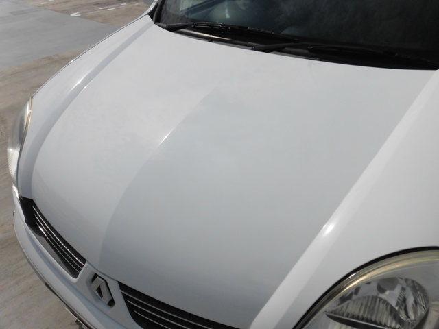 ボディーカラーの色褪せ、艶落ち、変色、目立つ傷凹み 有りません。たいへん綺麗な車です。
