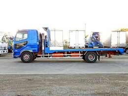 車両総重量7990kg 最大積載量2350kg
