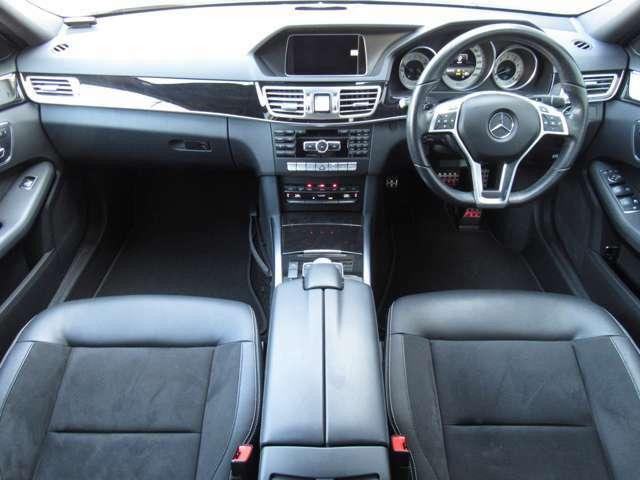 視界も広く、周りも見やすいので運転しやすい仕様になっております!!