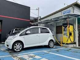 ・急速充電器を設置しているEV専門店