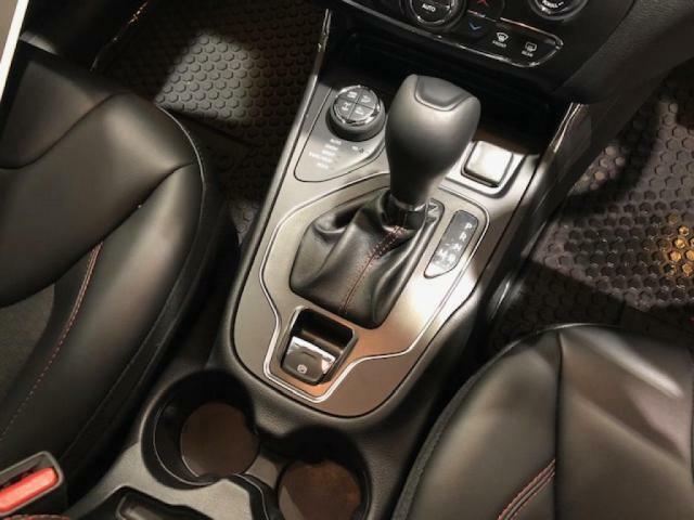 V6エンジン並みのパワーと低燃費の両立!!素早い加速と滑らかな高速走行が可能な9速オートマチック。