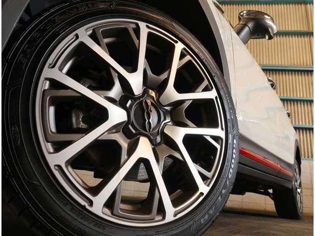 ●クロスプラス専用!!お洒落でスポーティな純正18インチアルミ!新品タイヤ&アルミの販売も致しております!車もおしゃれは足元からですね♪