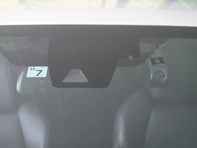 【TOYOTAセーフティーセンス次】搭載車!プリクラッシュセーフティーシステム(対車・人)+オートマチックハイビーム+車線逸脱防止システム+レーダークルーズコントロール+標識認識機能+先行車発進