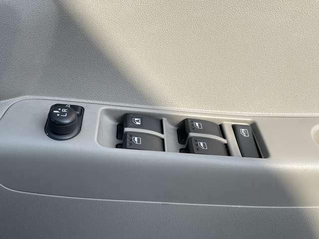 純正HDDナビ/CD/DVD/ワンセグ/運転席パワーシート/スマートキー/ETC