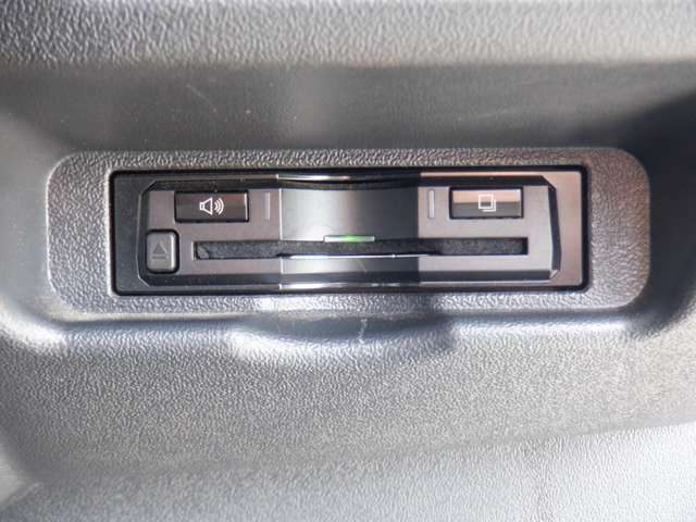 ALPINE BIGX SDナビTV/DVD再生/Bluetooth/Bカメラ/ドラレコ/左右後部モニター/ETC/フルエアロ/15inAW/センターカーテン/リアカーテン/スマートキー/LEDヘッド