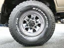 相性はバッチリのスチールホイール&BFG AT タイヤの組み合わせです♪