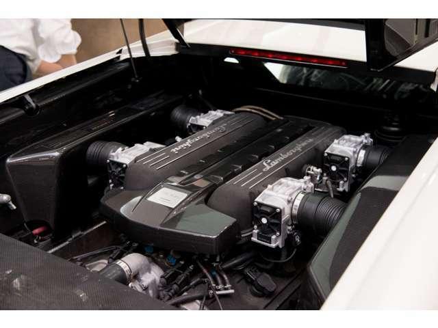 ☆ZOOM商談随時受付中☆★V型12気筒6500ccエンジンです★