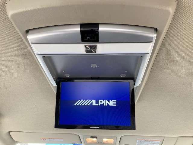 アルパインリアモニター♪長時間のドライブも快適にお過ごしいただけます!