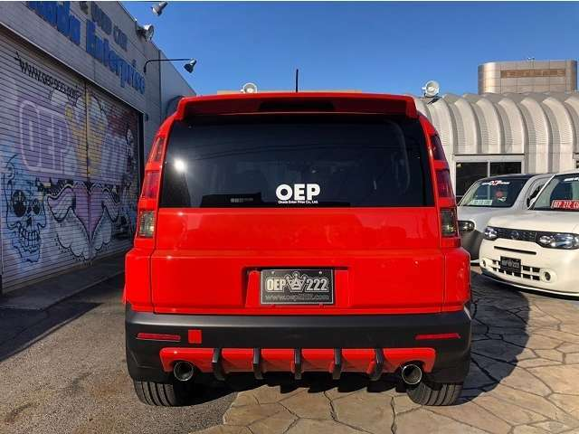 オレンジ×マッドブラック、オリジナルボディカラー!