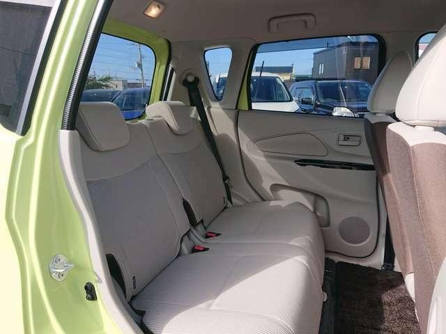 明るく綺麗なシートでドライブがよりたのしくなります!