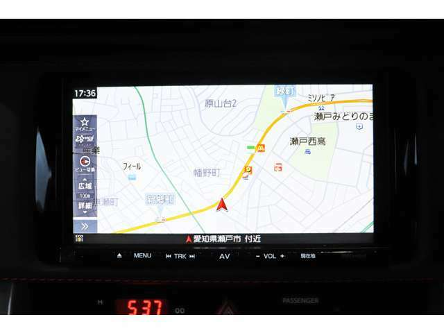 【ナビゲーション】フルセグ、 Bluetooth搭載ナビゲーションとなっております。
