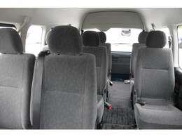 2012年12月登録/型式:CBA-TRH229W/3ナンバー(普通乗用車)/2年車検/4WD/2700cc/ガソリン車/10人乗り/純正LSD装着車/★普通免許で運転が可能です。