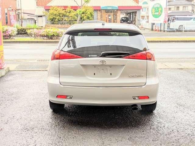プライバシーガラスで車内のプライバシー確保はもちろん、冷暖房効果もUP