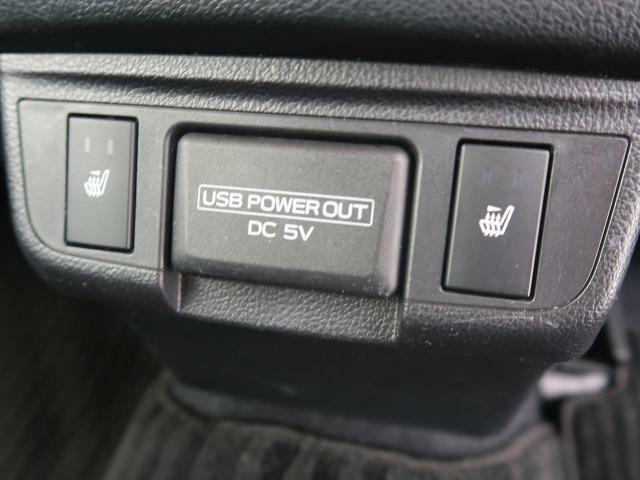 全席シートヒーター装備♪シートの表面とクッションの間に電気タイプのヒーターユニットが組み込まれており、そのユニットで乗車している人の身体を温めます♪