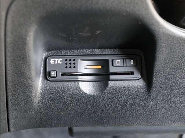 【ETC】・・・料金所の通過も楽々なETC付きです☆ 増加中のスマートETCもご利用頂けます! とっても便利な装備です♪ お問い合わせは 0066-9711-734563 までお気軽にお電話下さい!