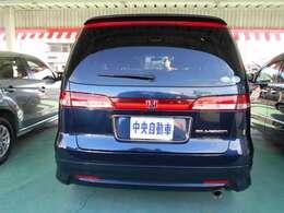 こちらの店舗にお気に入りのお車が無くても、茨城・栃木県全店で約300台の在庫を取り揃えております。お客様のご希望の1台をお申し付け下さい!
