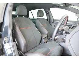 フロントシートはGTIパフォーマンス専用シートとなっておりホールド性も高いシートとなっております