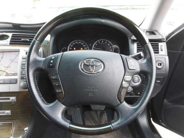 当店の中古車は全車走行テスト確認済です。安心してお乗りいただける車両を厳選価格にて販売しております。