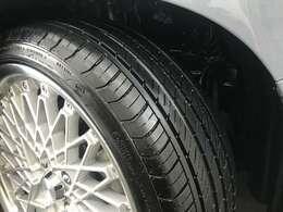 タイヤの溝も6部山ほどあります★
