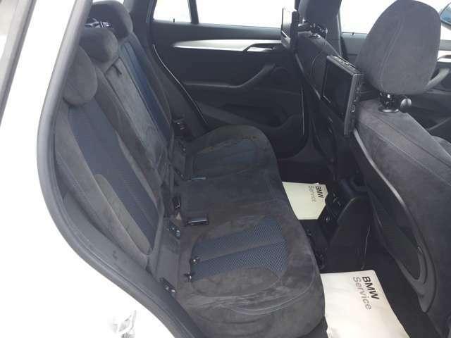 車内には、大きな汚れやシミなどはございません。ご確認頂く為にお、ぜひBMW Premium Selrction 加古川店へご来店下さいませ。