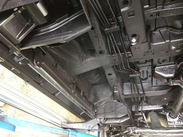 Aプラン画像:(ノックスドール防錆処理が標準装備されているボルボが、50年たっても錆が出て居なかったことが話題になりました。)