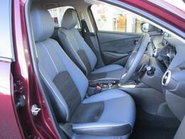 振動吸収ウレタンをシートバックに採用した専用シートは、体幹を支え正しい姿勢でドライブできるシートになっています☆もちろんロングドライブでの疲労軽減に繋がっています☆☆
