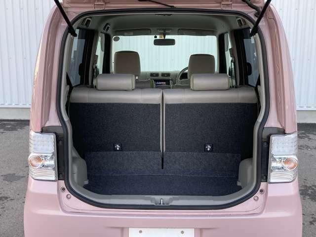 トランク内は広さがあり、荷物等乗せやすい作りになっています!