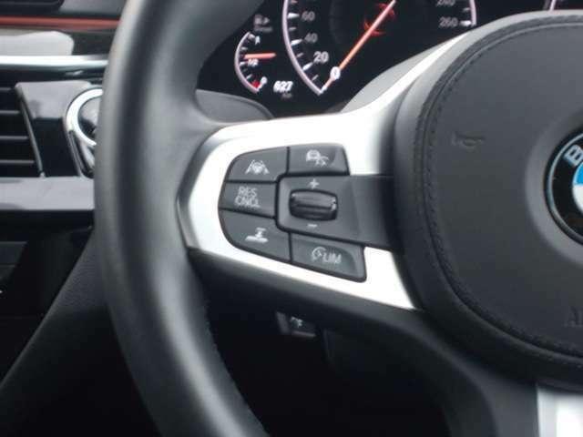 オートクルーズコントロール付で高速道路など、巡航走行もスピードを設定でき、快適にドライブできます。(前車追従機能付き!!)