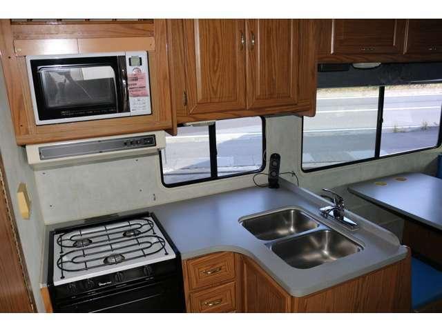 キッチンまわりもとてもきれいです!電子レンジ新品に交換済み!水道もコンロも点検済みです!