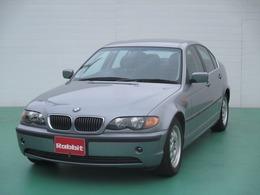 BMW 3シリーズ 320i ディーラー車 右ハンドル