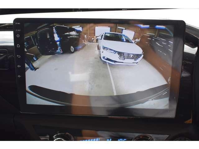 カラーバックカメラ!大きいお車ですが安全に駐車も可能です♪♪