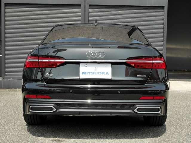 駐車時や後退時には3D&360度全周囲カメラ&クリアランスソナーが、運転をサポート致します!