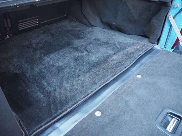 フロアアンダーカーペット ブラック全張替施工済