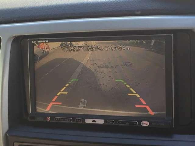 今や常識のHDDナビ・DVD再生機能付き!快適ドライブをサポートします!バックモニター付きで楽々・安心にバック出来ます!中古車はオプション装備の充実差が購入の決め手ですね!