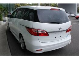 お買得車ラフェスタハイウェイスター入荷しました・人気のクリスタルホワイトパールマイカ・純正メモリーナビ&フルセグTV付きです・詳細はHP(http://auto-panther.com)覧下さい!