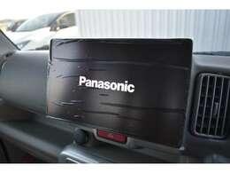 パナソニック10インチフローティングナビを搭載♪フルセグTV、DVD再生や音レコ、Btなど機能も充実♪