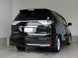 エンジンオイル、オイルフィルター、ワイパーゴム等は新品に交換いたします。それ以外にも、弊社の自動車検査員が交換した方が良いと判断した部品については、弊社の責任で無料修理・交換をいたします。