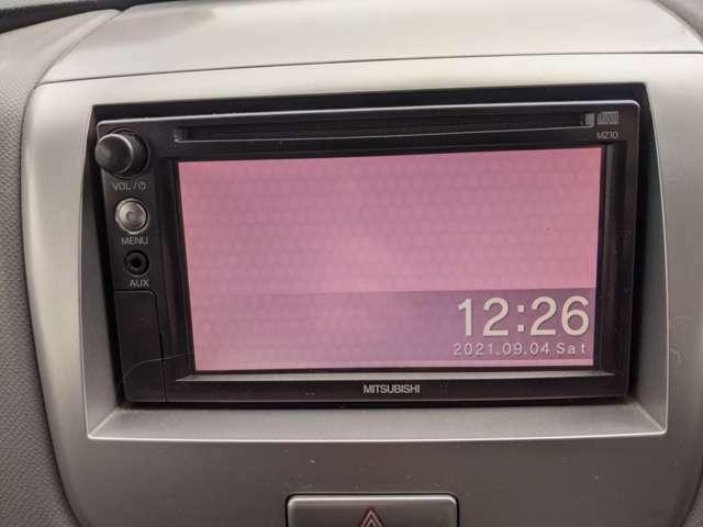 社外ラジオ、CD、バックカメラ装備