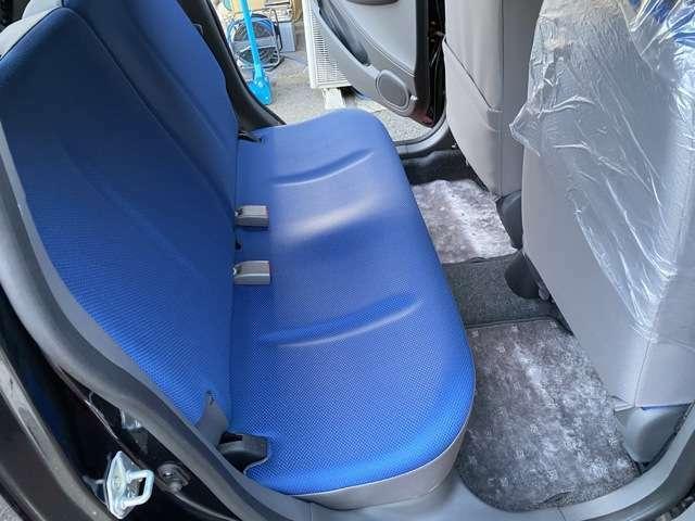 ルームクリーニング中。当店全車シート洗浄済み。私みたいな綺麗好きな方も安心です。他5台程掲載中。詳しくは当店在庫一覧からご覧ください。過去販売車両は『ミヤビ自動車ホームページ』に掲載
