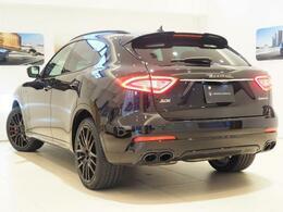 Levante Sグランスポーツ 430馬力(カタログ値)純正OP総額:1,384,000円 ドライバーアシスタンスパック・ネリッシモパッケージ・フルナチュラルレザー・リアプライバシーガラス