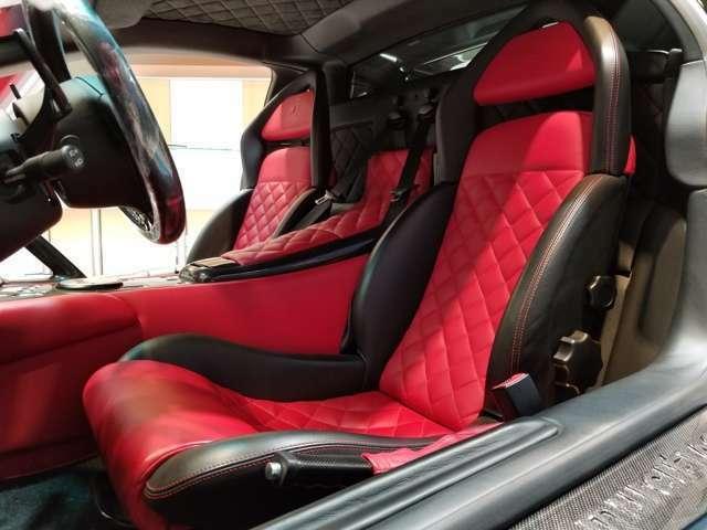 お車を直接ご覧になって頂けないお客さまへも、より分かりやすい物件のご案内で安心して頂きながらの商談をスタッフ全員がめざしております。