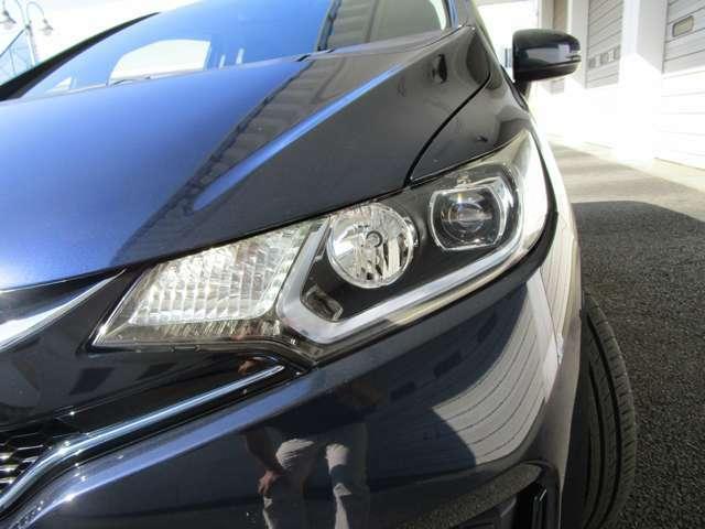 LEDヘッドライト・オートライト機能付き