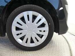 4本新品タイヤに交換してお渡し致します。トヨタの気配です。